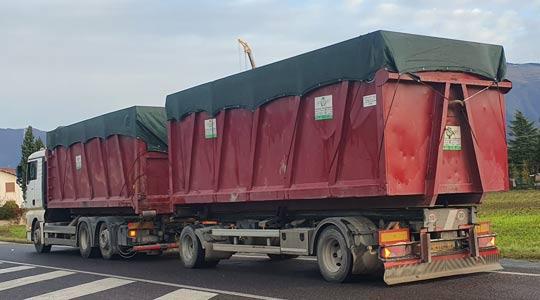 Teloni in rete per copertura cassoni camion trasporto carta, rifiuti ecc.